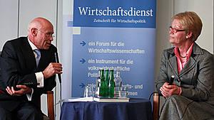 20.04.2013_Buchvorstellung mit Susanne Schmidt Das Gesetz der Krise_LammersSchmidt