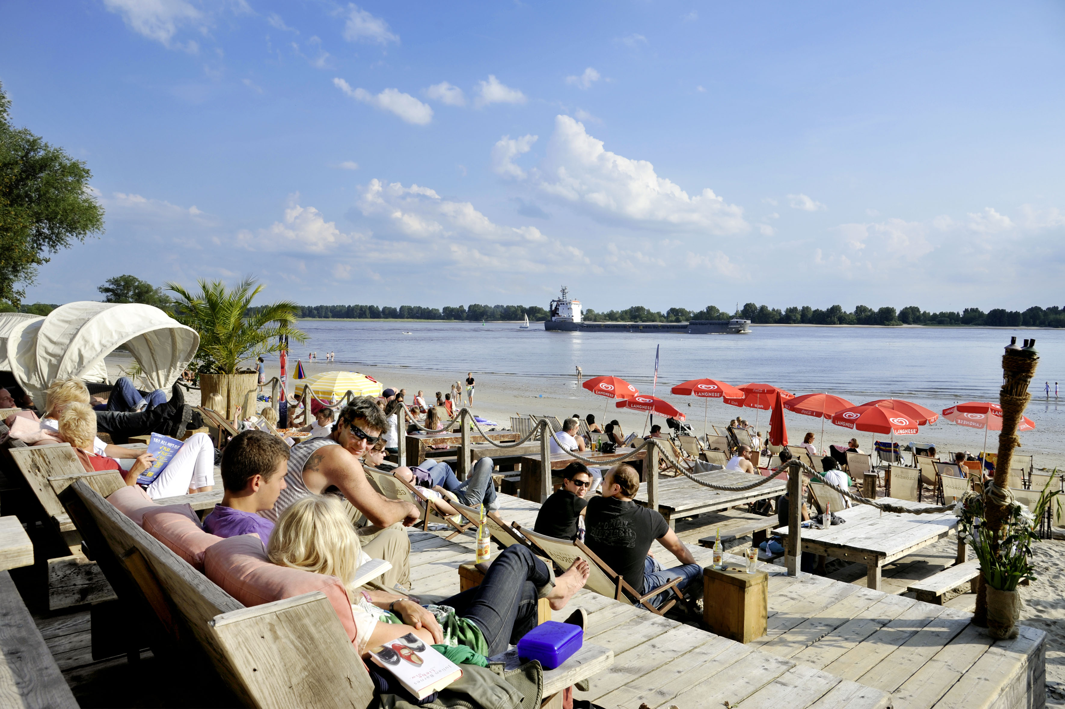 Beachclub in Wedel (c) www.mediaserver.hamburg.de - imagefoto.de